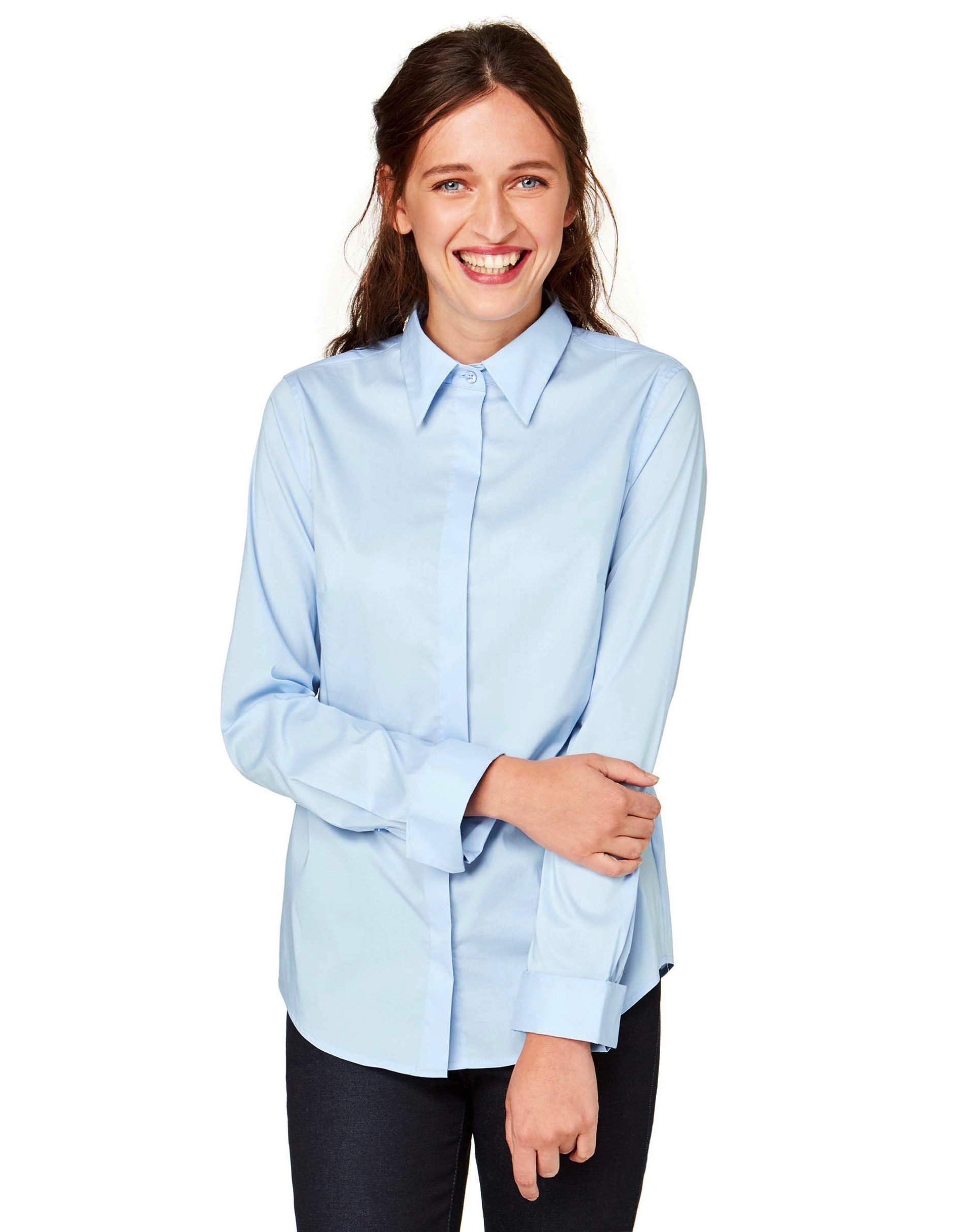 РубашкаРубашки<br>Рубашка из смесового хлопка стретч с итальянским воротничком, длинным рукавом и потайной застежкой на пуговицы спереди.<br>Цвет: Голубой; Размер: L;